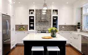 gorgeous lighting in the kitchen design with pendant ls above