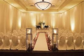 Sheraton Raleigh Hotel Downtown Wedding Ceremony And Reception Venue Weddings Magazine