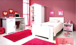 chambre fille but but chambre enfant lit fille original linge de lit