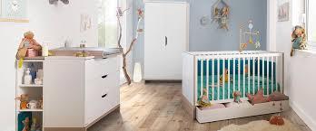 meubles galipette autour de bébé chambre puériculture lit