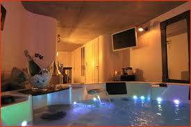 chambre jaccuzzi chambre privatif normandie lovely un week end romantique