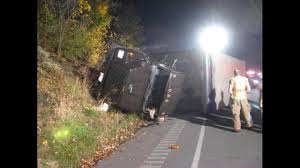 100 Ups Truck Accident Deer Jumps Into UPS Truck WARNING Some People May Find These