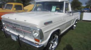1969 Ford F100 With 302 - YouTube