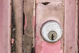 Free photo Old Hole Key Metal Background Keyhole Door Lock Max Pixel
