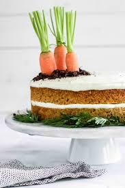 saftiger karottenkuchen mit frischkäsetopping