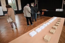 bureau de vote présidentielle 2017 l enjeu de la participation alors qu ouvrent