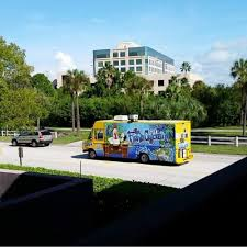 Dochos Concession And The Fishin Chicken Food Truck - Tampa Food ...