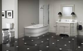 bad ausstellung badewanne baddesign waschtisch luxus bad