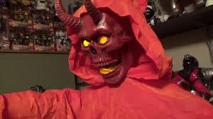 Spirit Halloween Animatronic Mask by New Ray Sun Spirit Halloween Life Size Animated Harbinger Of