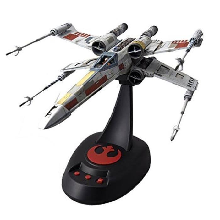 Bandai Star Wars X-Wing Starfighter Moving Edition Model Kit - 1/48 Scale