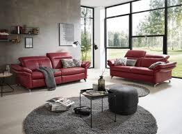 sofa in leder weinrot