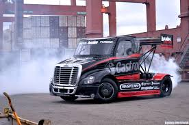 Awesome Stunt Car And Semi Truck Drifting