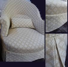 tissu pour recouvrir un canapé retapisser un fauteuil crapaud tapissier décorateur