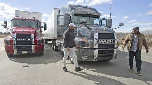 Oakland Raiders Defensive End Khalil Mack Visits Mack Trucks ...