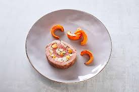 dressage des assiettes en cuisine dressage d une assiette de rôti de bœuf farci aux légumes oubliés et