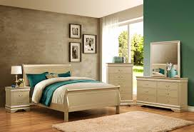 Champagne Louis Philip Bedroom Set