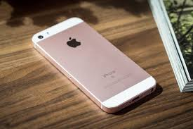 Rumors indicate that a new iPhone SE will launch in Q1 of 2018