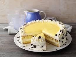 leckereien zu ostern eierlikör torte foodies magazin