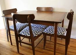 Captain Chairs For Dining Room Table by Dining Room Captain Chairs 4 Best Dining Room Furniture Sets