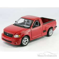 100 Diecast Truck Models Ford SVT F150 Lightning Pickup Red Maisto 31141 121