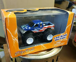100 Bigfoot Monster Truck Toys Columbia 4X4 Diecast 164 Toy EBay