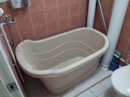 bathtub made for simple bathroom portable and durable