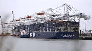 le marco polo le plus grand porte conteneurs du monde a fait