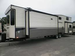 Travel Trailers For Sale | Maine | Lee's Family Trailer Sales & Service