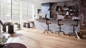 vinylboden küche worauf sie achten sollten planeo