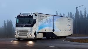 100 18 Wheeler Trucks Volvo Concept Gets 30 Percent Cleaner From New Hybrid Inside