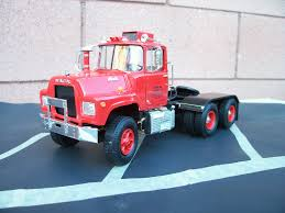 100 Model Truck Kits Amt Elegant Mack 1 25 Scale Built From Amt