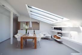 wie sie zimmer mit dachschräge effektiv einrichten