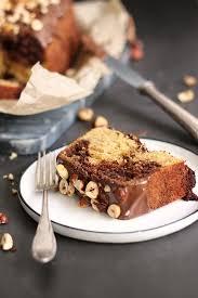 nutella kuchen mit gerösteten haselnüssen bake to the roots