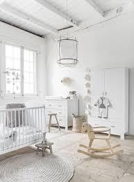 chambre bébé blanc planches d inspiration chambres de bébé unisexe déconome