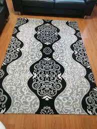 2x teppich 1 klein für flur 1 groß für wohnzimmer