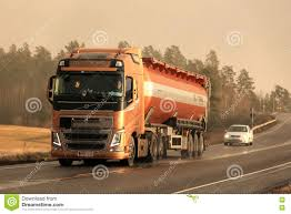 100 Bulk Truck And Transport Volvo FH Semi In Winter Afternoon Snowstorm
