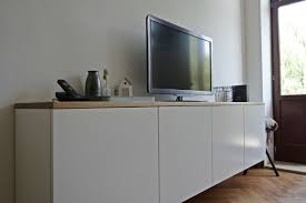 schwebendes sideboard im wohnzimmer küchenoberschränke