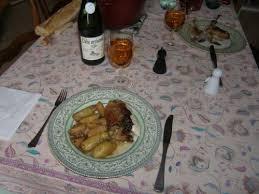 cuisine pintade cocotte pintade cocotte aux pommes et aux panais la recette du dredi