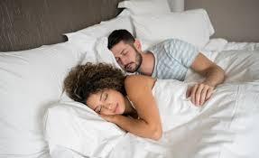 schläft mit dem partner besser wissenschaft de