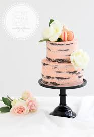 Our Favourite Natural Wedding Cake Styles