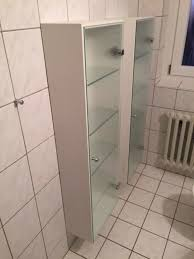 badezimmerschrank glastür und glasböden top zustand
