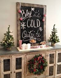 21 Affordable Rustic Farmhouse Christmas Decor Ideas