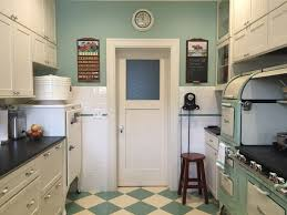 1920s Kitchen Stoves Remodeling Cookers Skillets Updated Bakeries Renovations