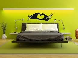 wandtattoo fürs schlafzimmer herz paare mit initialen namen