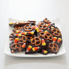Halloween Candy Dishes by 15 Delicious Ways To Use Leftover Halloween Candy Simplemost