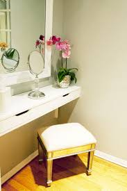 Vanity Chair For Bathroom With Wheels by Bathroom Cute And Stylish Vanity Chairs For Bathroom Furniture