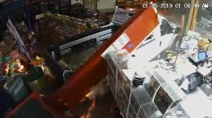 100 Two Men And A Truck Durham Thieves Crash Truck Into Columbia SC Store Drag TM Cops