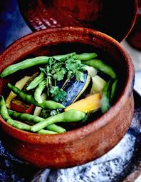 cuisiner les l馮umes autrement tajine de légumes aux épices pour 4 personnes recettes à table