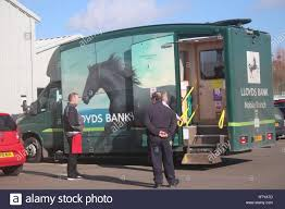 100 Lloyds Food Truck A MOBILE BANK OF LLOYDS BANK IN USE Stock Photo 239087281 Alamy
