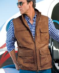 leather vest for men and its different uses in everyday life